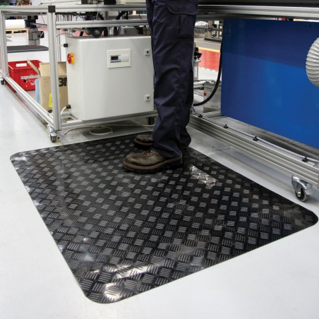 Tapis antistatique en tôle diamant