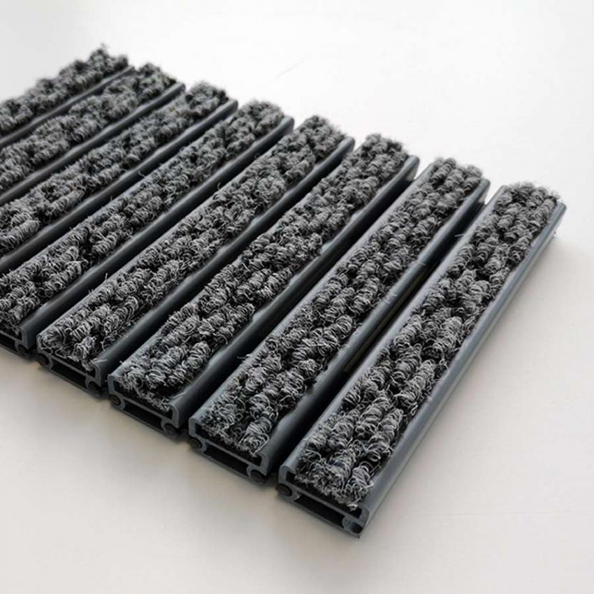 Tapis structure plastique fibres aiguilleté - Tapis aluminium