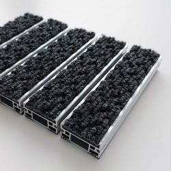 Tapis structure aluminium large aiguilleté - Tapis aluminium